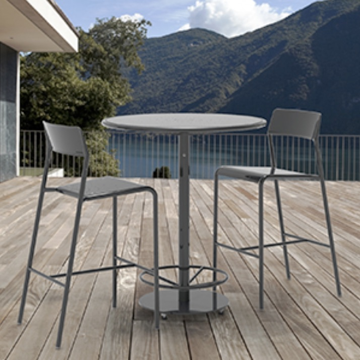 Outdoor Bar Table | Foro