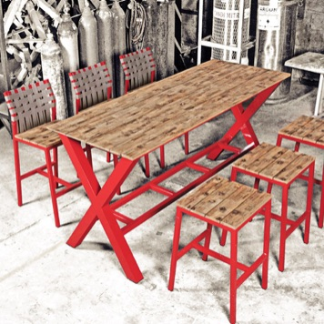 Outdoor Bar Table | Industrial 75