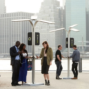 Bus Stop | Solar Charging Station