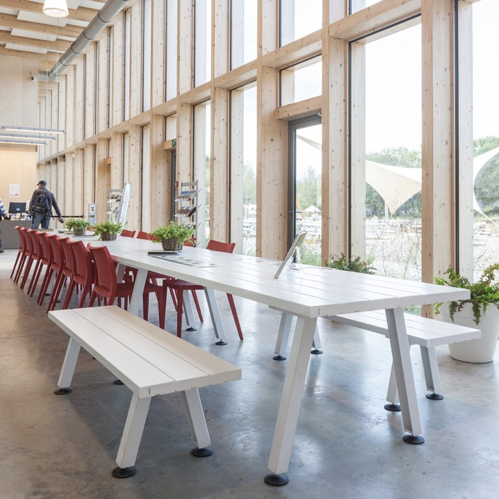 Communal Table | Marina