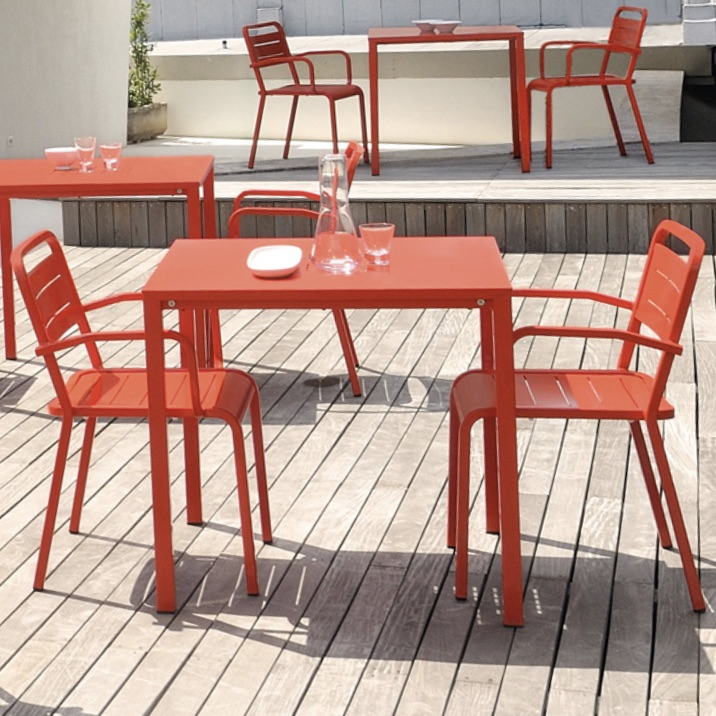 Outdoor Table | Urban 096