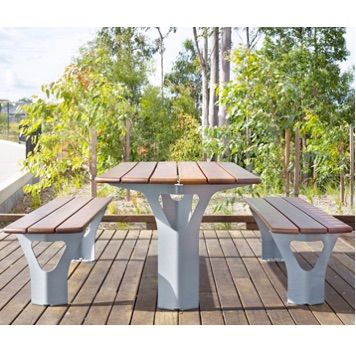 Park Table | Wood | Yarrabilba | 7135