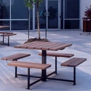 Picnic Table | Square | Wood | 400