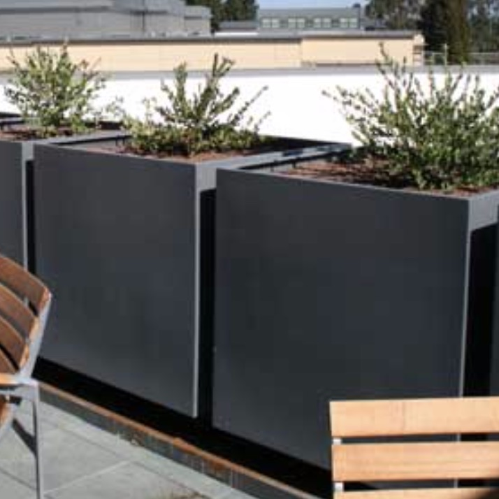 Steel Planter | Wilshire PC | Square