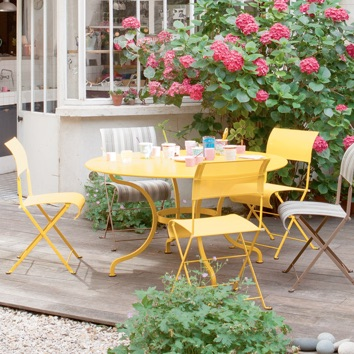 Outdoor Table | Romane
