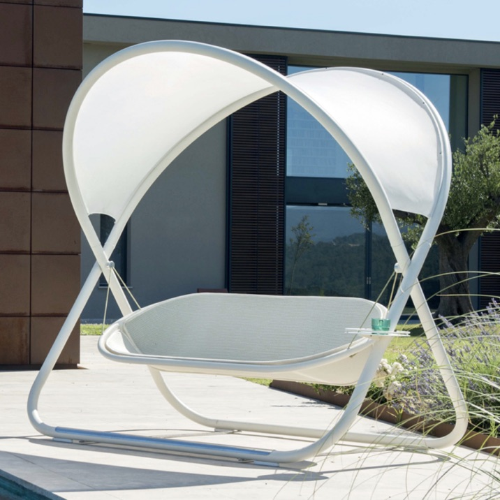 Outdoor Seating | Cool La Swing