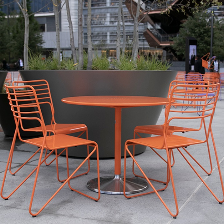 Outdoor Table | Battery